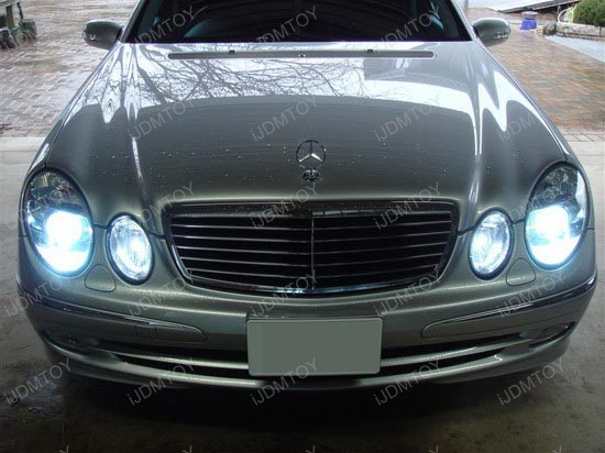 Mercedes benz e320 hid headlights led parking lights and for Mercedes benz headlight bulb