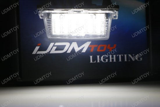 Oem Replace 3w Led License Plate Light Assy For Toyota