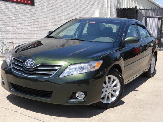 2010 2011 toyota camry clear housing halo projector fog lights. Black Bedroom Furniture Sets. Home Design Ideas